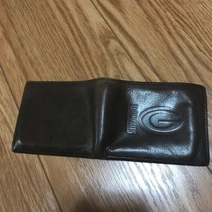 Green Bay Packers Bags - Men's Green Bay Packers bifold leather wallet